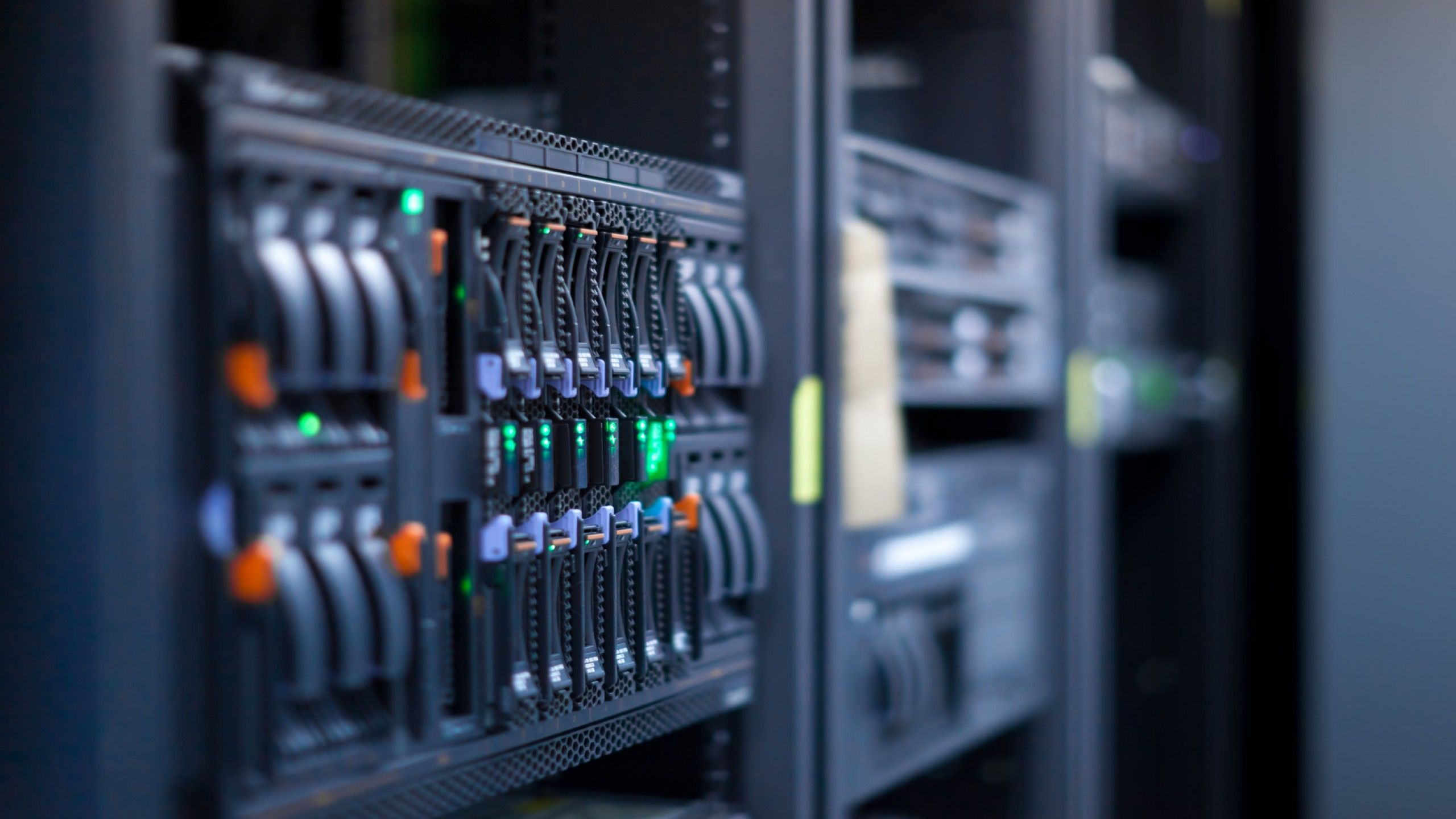 servers-local-support-smart-hands-networks-retail